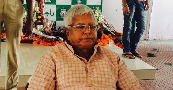 Lalu Prasad Yadav suffers minor injuries as dais collapses in Patna