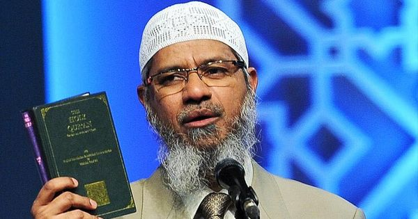 This video shows that Zakir Naik believes in democracy only when it suits him