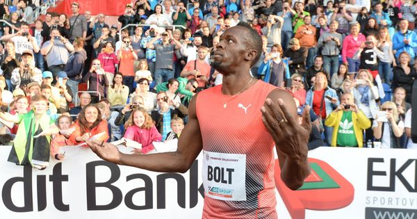 Usain Bolt loses 2008 Olympics relay gold medal after teammate Nesta Carter fails doping test