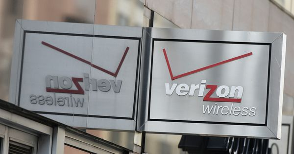 US telecom giant Verizon confirms $4.8-billion deal to buy Yahoo's internet business