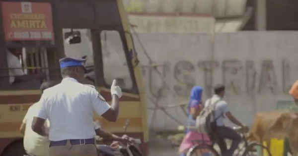 Watch this Chennai traffic cop's cool choreography at signals, which has made him a star
