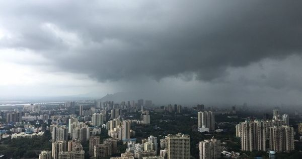 Heavy rainfall halts traffic in Mumbai, waterlogging reported in several parts of the city