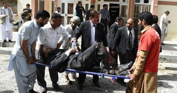 पाकिस्तान के क्वेटा में आत्मघाती बम विस्फोट, 70 की मौत