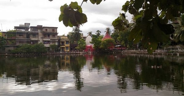 The forgotten water bearers of Guwahati