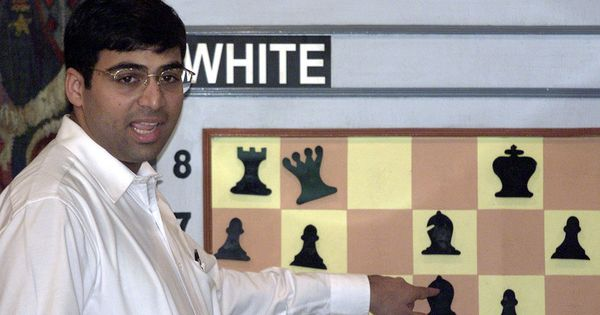 Sinquefield Cup: Viswanathan Anand draws with Sergey Karjakin, remains in joint second spot