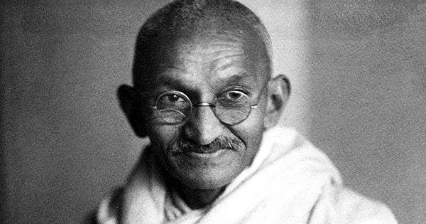Listen: DV Paluskar and Bismillah Khan interpret Mahatma Gandhi's favourite bhajan