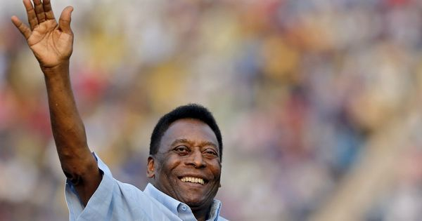 Pele's spokesperson denies reports he collapsed from exhaustion, calls it 'fake news'