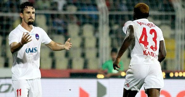 ISL 2016: NorthEast United need to win against Delhi to stay alive in playoffs race