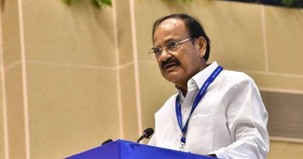 Dignitaries being asked to make speeches in Hindi only a recommendation, not a rule: Venkaiah Naidu