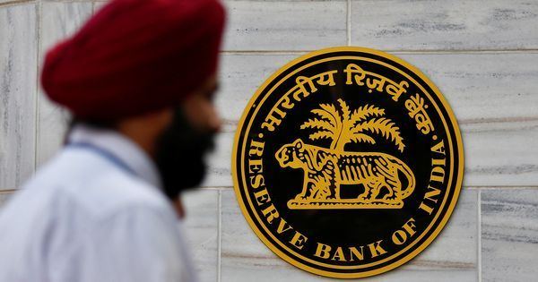 The big news: RBI says linking Aadhaar with bank accounts is mandatory, and 9 other top stories