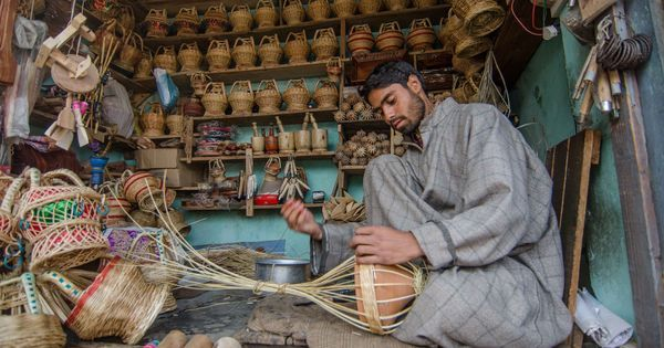 The warm heart of Kashmir: The history and beauty of the kanger