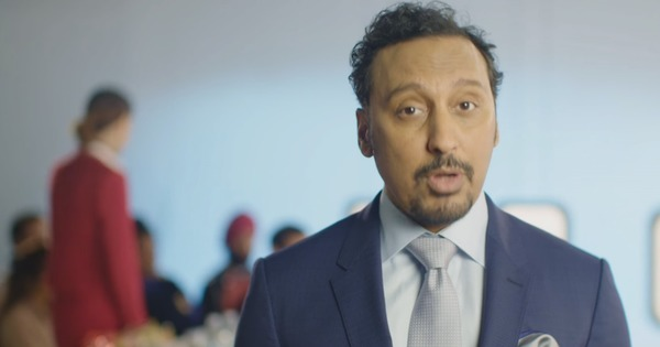 'Don't even play tic, tac, toe': Actor Aasif Mandvi's hilarious flight safety rules for brown people