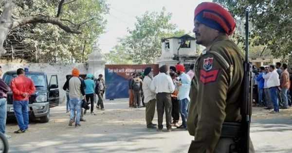 Do Punjab and J&K's contravention of rules regarding IPS, IAS postings have security implications?