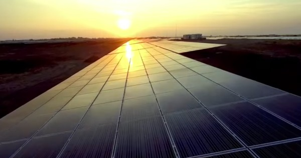 India has just built the world's largest solar plant in record time