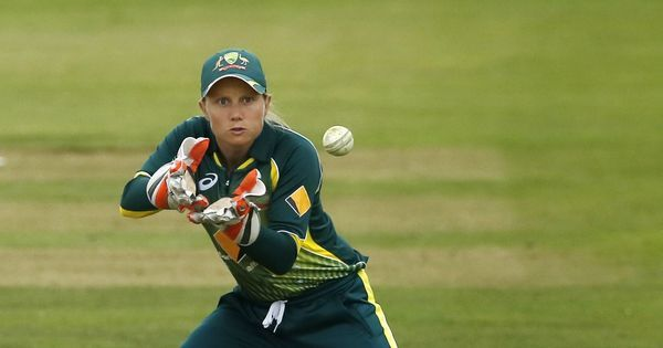 Australia's Alyssa Healy could miss World T20 semi-final after concussion against India