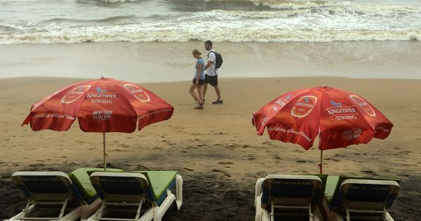 Goa: Owners of Curlies, Club Nyex shacks arrested after waiters found with drugs