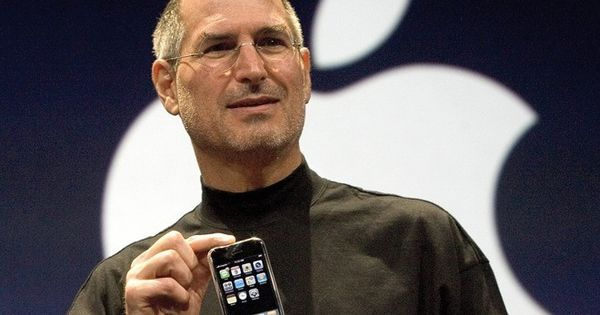 Watch: It was ten years ago today that Steve Jobs presented the world the very first iPhone