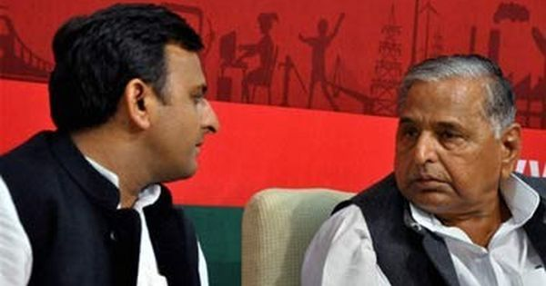 Mulayam Singh Yadav, Akhilesh Yadav seek 'appropriate time' from SC to vacate their bunglows