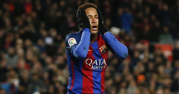 El Clasico: Neymar ruled out of crucial clash after Barcelona abandon bid