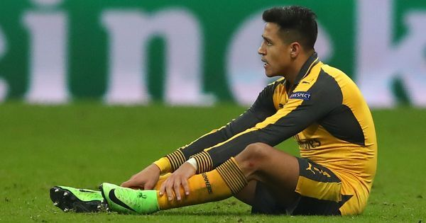 Wenger backs Sanchez to put aborted transfer behind him and be back to his best soon