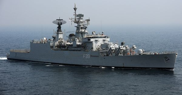 INS Betwa salvaged and righted at Mumbai's Naval Dockyard, to be operational by April 2018