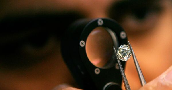Scientists created diamonds in mere minutes by mimicking the force of an asteroid collision