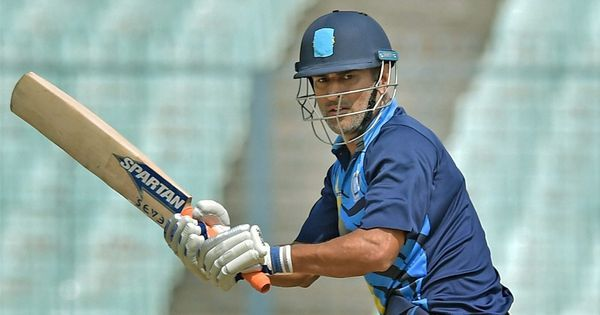 Vijay Hazare Trophy: MS Dhoni speaks to Eden curator after 20 wickets fall in 50.4 overs