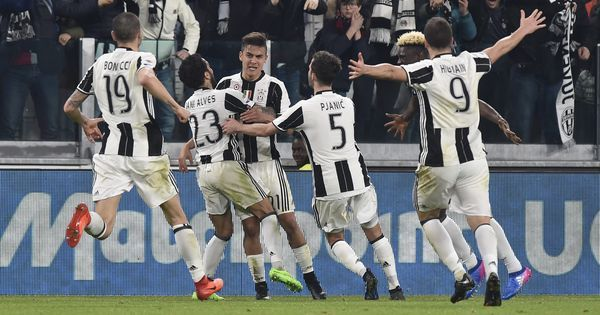 Juventus beat AC Milan 2-1 in thriller, extend lead at the top by 11 points