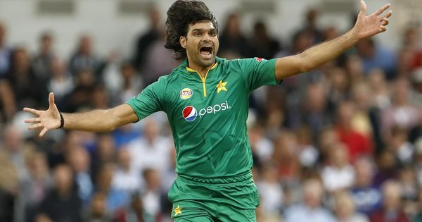 Mohammad Irfan handed one year ban for failing to report approaches from bookmakers during PSL