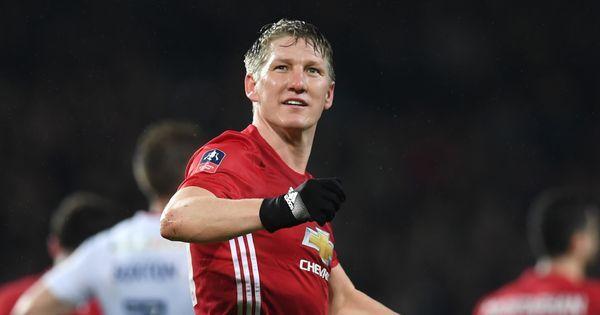 Manchester United midfielder Bastian Schweinsteiger to join MLS outfit Chicago Fire