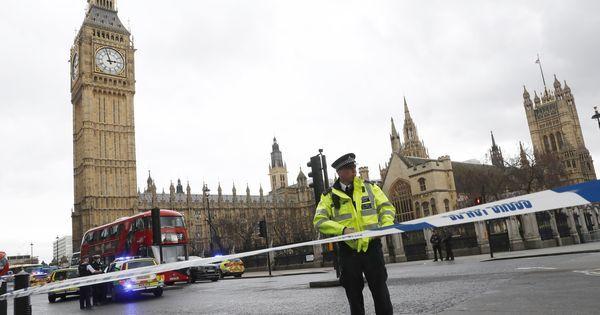 आतंकी हमले के बाद ब्रिटिश प्रधानमंत्री ने कहा - हम झुकने वाले नहीं
