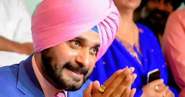 Sedition case filed against Navjot Singh Sidhu for hugging Pakistan Army chief