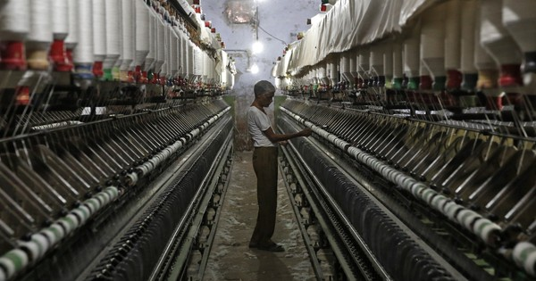 Industrial output drops for month of April, according to IIP data released