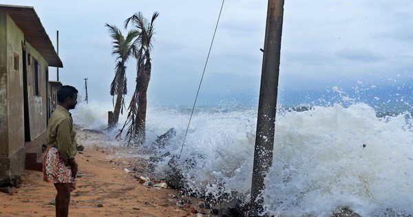 Met department issues cyclone alert for Tamil Nadu, predicts heavy rainfall