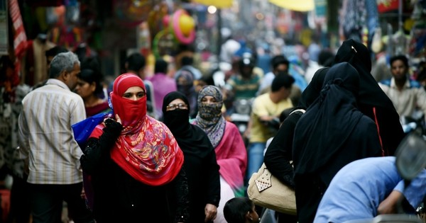 Triple talaq: Supreme Court gives Centre four weeks to reply to pleas challenging the Islamic rule