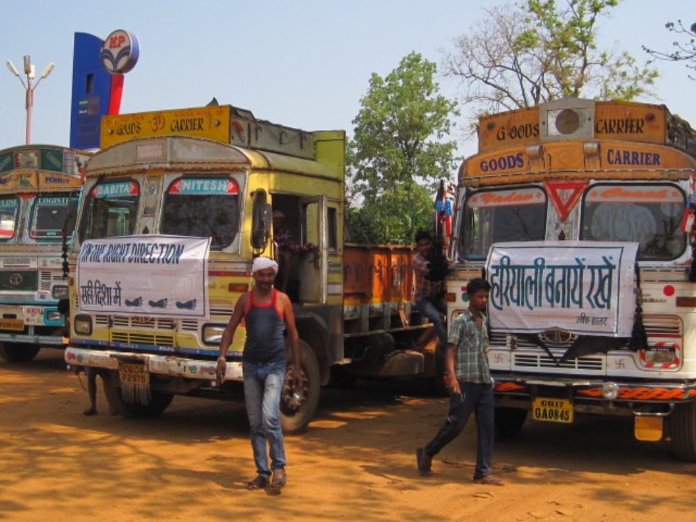 Trucks loaded with saplings from nurseries in Bastar are ready to depart. Photo credit: Madhu Ramnath.