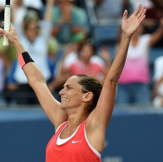Italy's Roberta Vinci to retire from tennis after Rome WTA next year