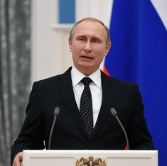 Moscow signs decree imposing sanctions on Turkey