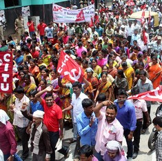 18 lakh workers have joined strike against Centre's anti-labour policies, say trade unions