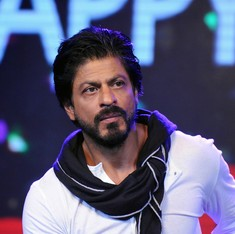 Shah Rukh Khan supports Aamir, says general statements can be radicalised