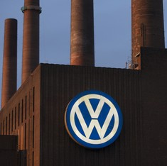 Volkswagen told to pay $4.3-billion fine in emissions cheating case