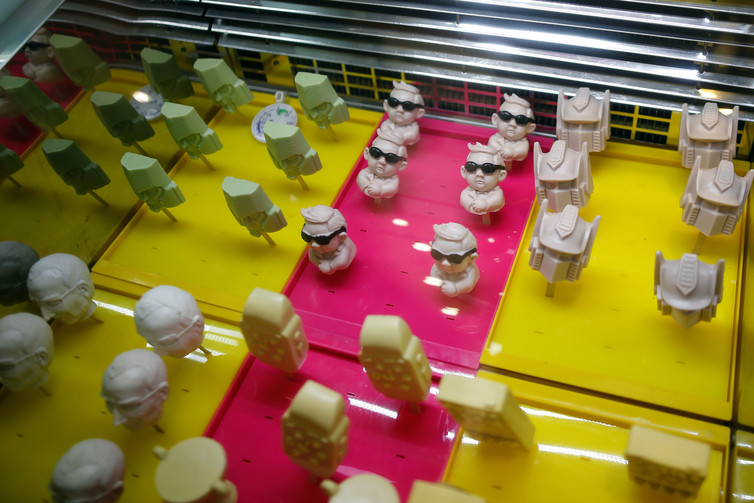 3D-printed Sanpang strawberry milk flavoured ice-creams at the Iceason ice-cream shop in Shanghai, China. Image Credits: Aly Song/Reuters