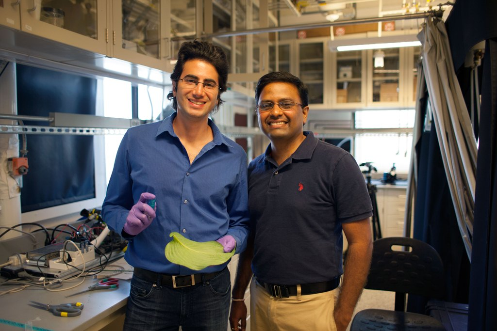Researcher Maher Damak (left) and Professor Kripa Varanasi. Photo credit: MIT.