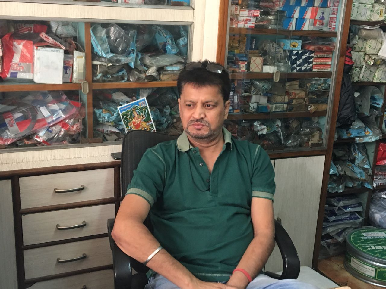 RK Chawla of Sneh Traders Pvt Ltd said his company's annual turnover was earlier Rs 15 crores but he would be happy with Rs 2 crores this year.