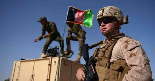 अफगानिस्तान में अमेरिकी सैनिकों की संख्या बढ़ाने का अमेरिकी रणनीति पर उलटा असर पड़ा है | फोटो : एएफपी