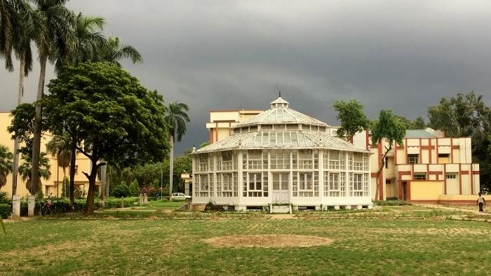बीएचयू के कृषि विभाग का भवन