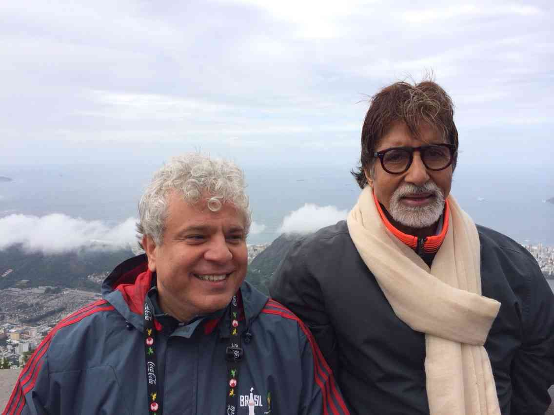 With Amitabh Bachchan. Image courtesy: Facebook/Suhel Seth. September 25, 2016