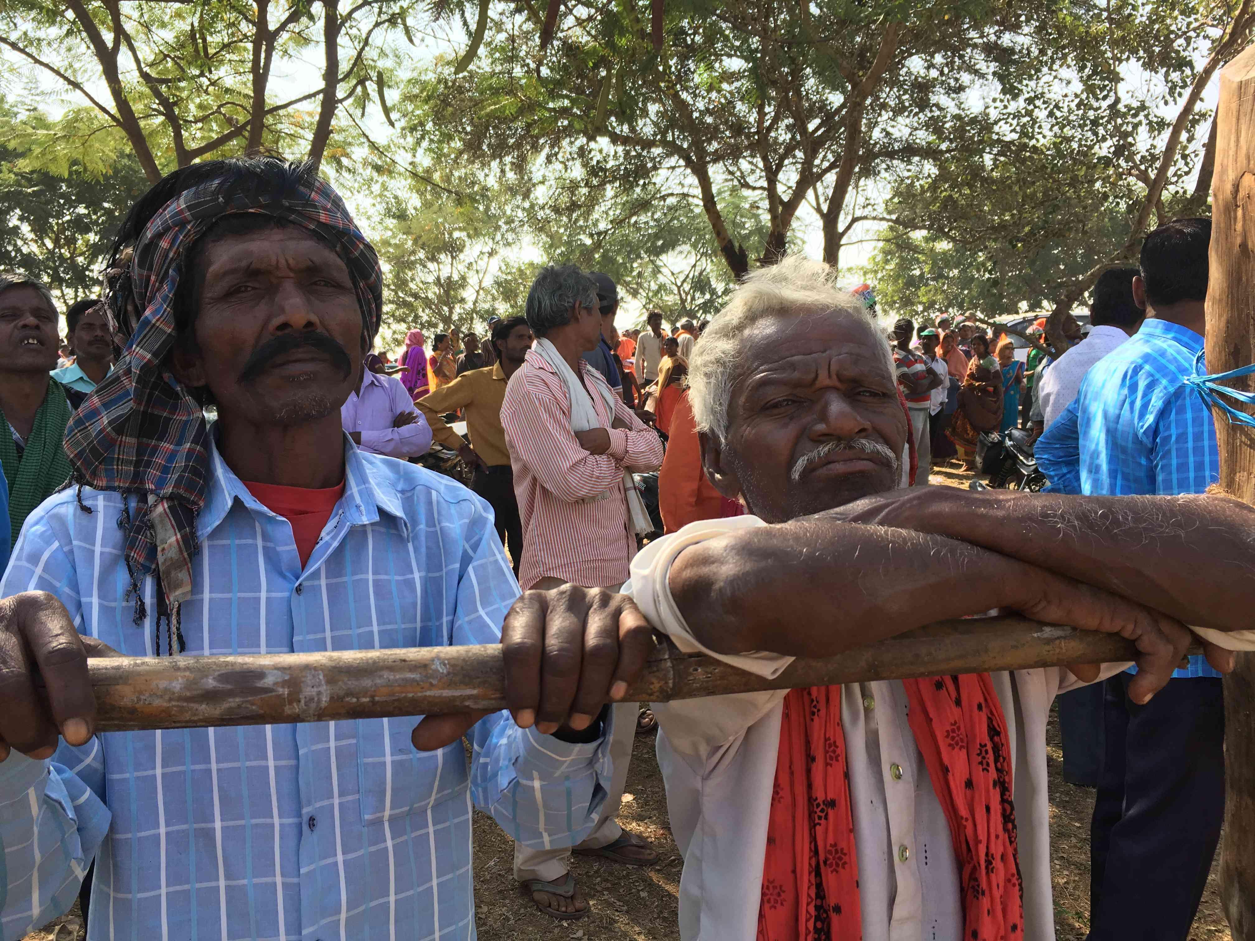 Daulat Ram Guru, a cultivator from Nayapara village, said farming has become unviable in Mahasamund. Photo credit: Akash Bisht
