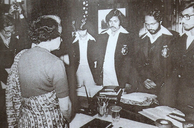 All Assam Students Union leaders meet Prime Minister Indira Gandhi. Photo via archive.is/txIiq