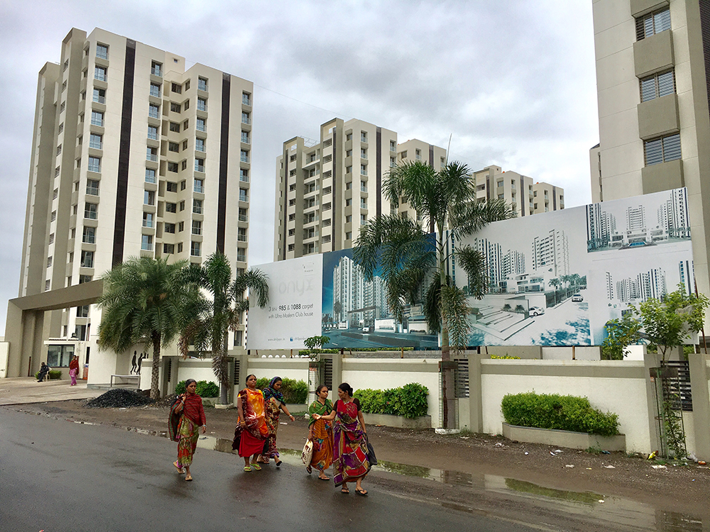 High-rise residential buildings on the outskirts of Rajkot. (Photo credit: M Rajshekhar).